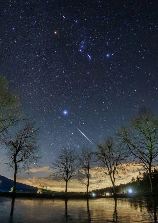 KAGAYAさんが富士山麓で撮影したふたご座流星群の流れ星(2017年12月13日)