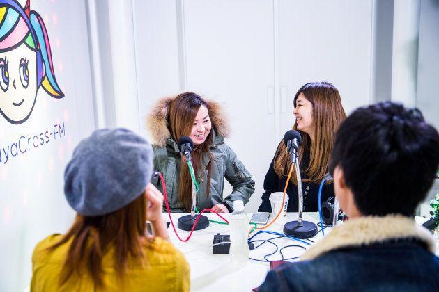 「12月24日夜、渋谷のColourful Style Crossの放送にて」