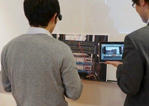 ヒトの視界そのものにAR画像を重ねる技術「PITARI」をKDDIが開発。作業支援などでの活用に期待