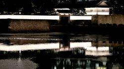 桜田門ライトアップへ オフィス街のイルミネーションとは違う幻想的な光景に