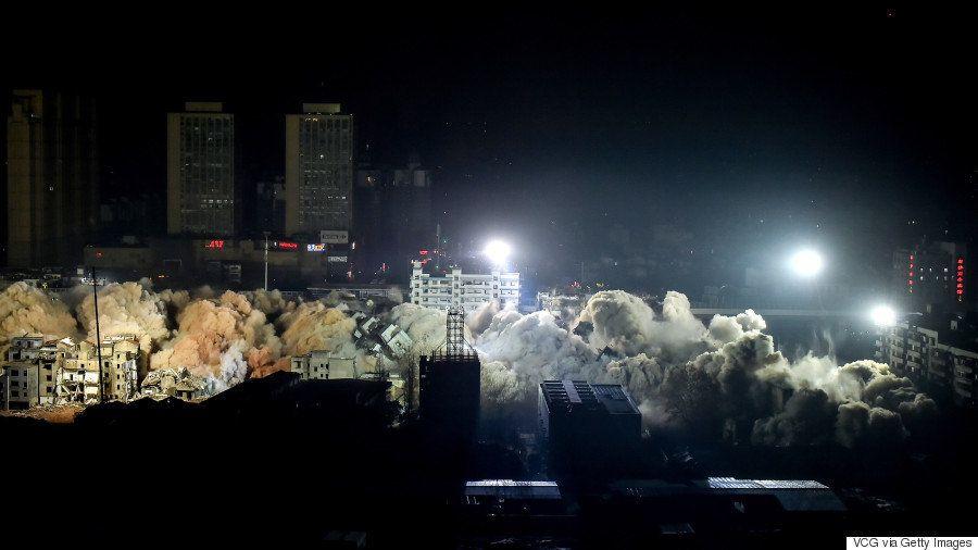 19棟の団地を10秒で解体 中国・武漢市の壮観な爆破現場(動画)