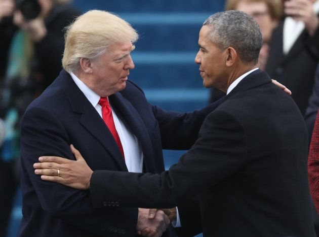 アメリカのドナルド・トランプ大統領(左)、バラク・オバマ前大統領(右)
