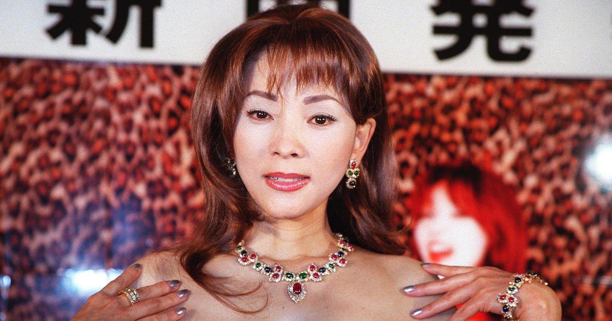 奥村チヨ、年内で芸能界引退「大変幸福でした」【手紙全文】 | ハフポスト