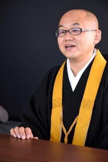サイボウズ式:僧侶が大企業病になっている?──『ボクは坊さん。』白川密成×サイボウズ青野慶久