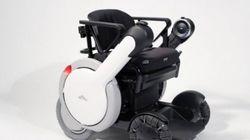 日本のWhill社が開発のまったく新しい電動車いす「Model