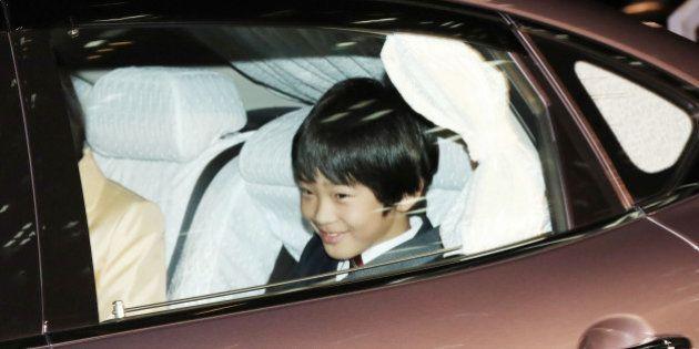悠仁さま、紀子さまらが乗った車が追突事故