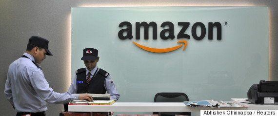 今度はガンジーを足で踏め?Amazonが販売したビーチサンダルに非難殺到