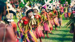 パプアニューギニアに起こったガールズサーファーたちの革命 -