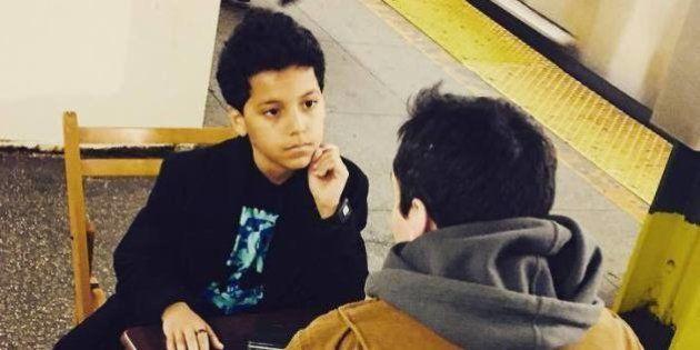「心に響くアドバイスします」11歳の少年、ニューヨークの地下鉄で人生相談