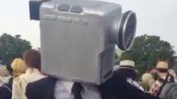 コミケ会場にいた映画泥棒のダンスがウニョウニョで上手すぎた(動画)