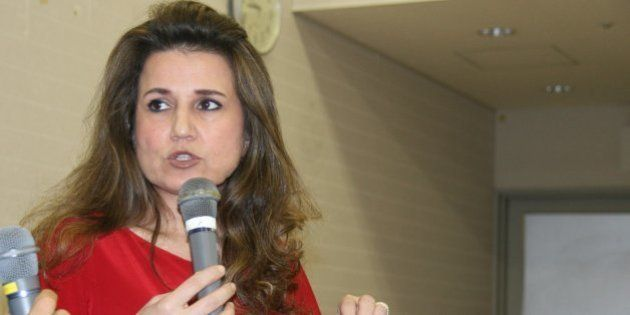 「過激派が信仰を強制しているのが原因」アサド政権の代理大使、シリアの難民問題を語る