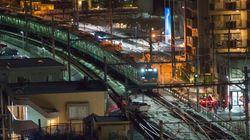JR高崎線に車が進入 目撃した近隣住民「列車が来るのを見てぞっとしました」