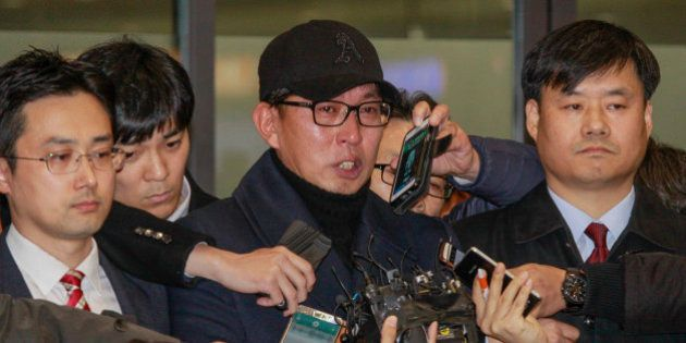 Cha Eun Taek of Choi Soon Sil confident, stand pose after arrives entry gate at international airport...