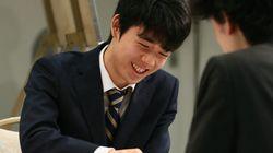 藤井聡太四段が「五段」に昇段 中学生では史上初の快挙