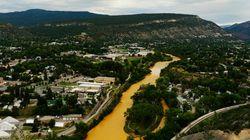川がオレンジに染まる。鉱山廃水が流出【動画・画像】