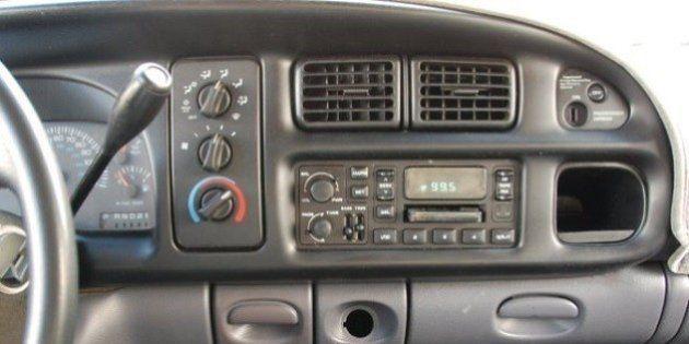 真夏のドライブ、エアコンを使わない方が燃料を節約できるとは必ずしも限らない?