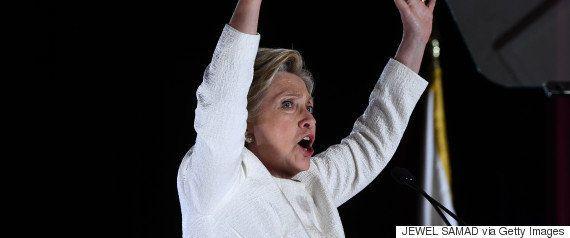 クリントン氏の私的メール問題、FBI長官が訴追しないことを改めて表明 大統領選への影響は?