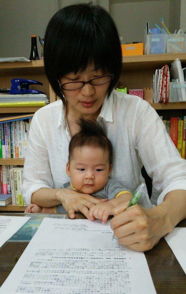 赤ちゃん連れの議場入りはNG?熊本市議会規則の改正案が出た⇒子育て議員の思いは