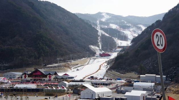 平昌オリンピックのアルペンスキー競技場=2018年2月19日、韓国・チョンソン郡