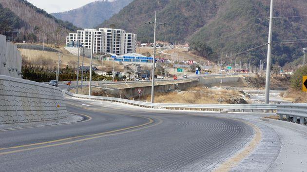アルペン競技場付近の風景=2018年2月18日、韓国・チョンソン郡