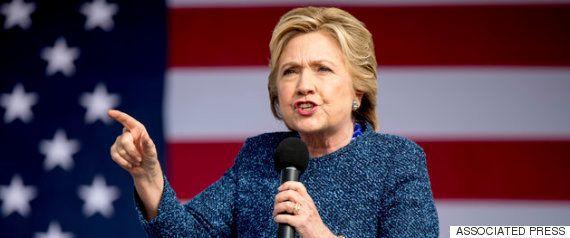 クリントン氏の私用メール問題、FBIと司法省で亀裂 司法長官は捜査再開の公表に反対