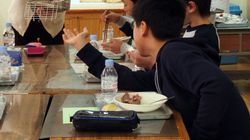 3月11日に卒業祝い給食、「震災の日に非常識」の声も みんなはどう思う?