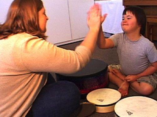 音楽療法とは、どんな事をするのでしょう。