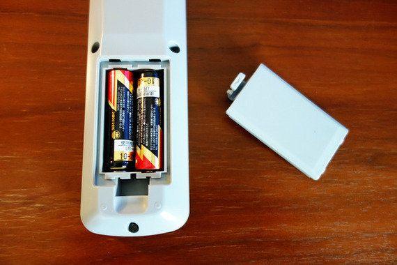 ホテルのテレビリモコン電池、グルグルしたことありますか?