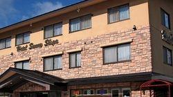 ホテルサニー志賀、女子高生170人の財布と携帯盗まれる