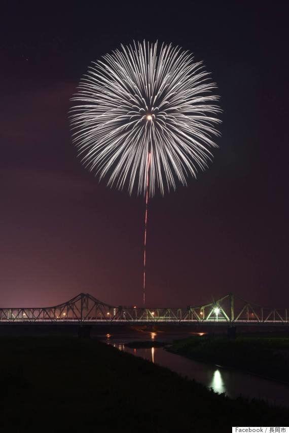 長岡空襲から70年、慰霊の白菊が夜空に咲いた 伝説の花火師が込めた思い【戦後70年】