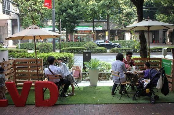 日本の道路空間でパークレットができないワケとは?池袋・GREEN BLVD