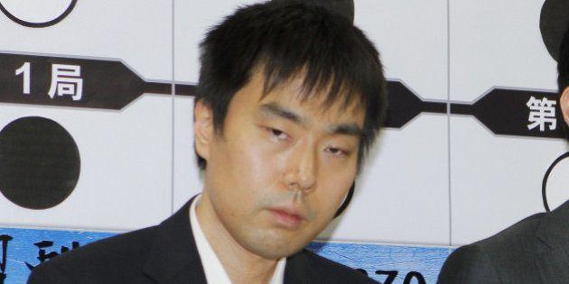三浦弘行九段、週刊文春に反論「スマホ提出拒否していない」