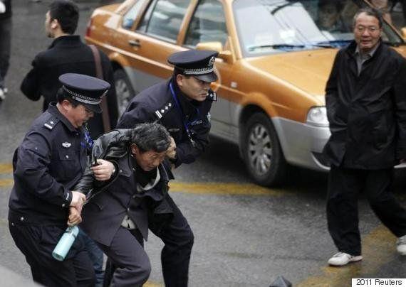 中国:「失踪」が懸念される3人の活動家