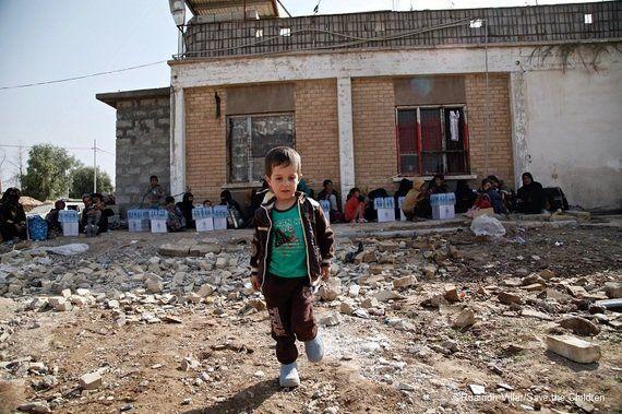 狙撃、地雷で死亡するイラクの子どもたち-ISから逃れて