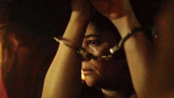 フィリピンの麻薬汚染の現実描く「ローサは密告された」