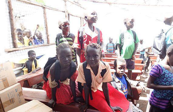 ウガンダ:祖国の将来を担う子どもたちのために