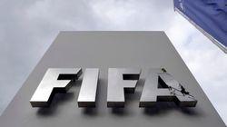 FIFA、過酷労働で訴えられる カタールワールドカップ会場の建設現場