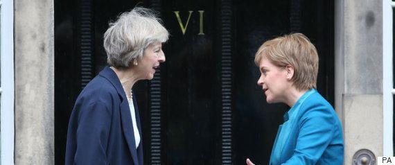スコットランド議会、独立を問う住民投票の実施をイギリス政府に要求へ