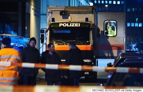 チューリヒのモスクで発砲事件、ソマリア系のイスラム教徒3人が負傷