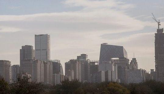 北京の大気汚染、警報が出された時に街はこう変化した そして今度は...(画像)
