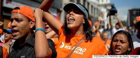 ベネズエラ政府、パスポート詐欺を報じたCNNを放送禁止に