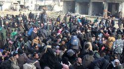 アレッポで市民の避難が再開 取り残された数万人の脱出が今後の焦点に