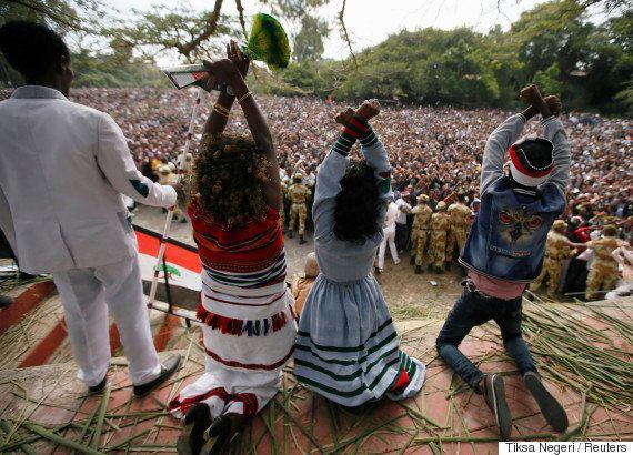 エチオピアで非常事態宣言、オロモ族の反政府デモ激化で