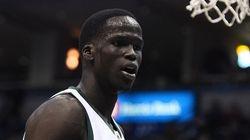 スーダン生まれのNBA選手、国外遠征への影響は?