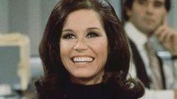 メアリー・タイラー・ムーアさん死去 70年代に自立する女性を演じた名女優