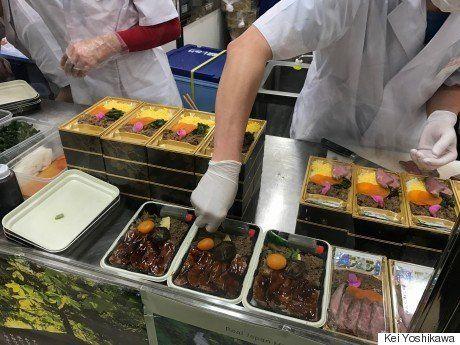 肉汁たっぷり、うに盛りだくさん...全国の「豪華駅弁」怒涛の11連発 実際に食べてみた(画像)