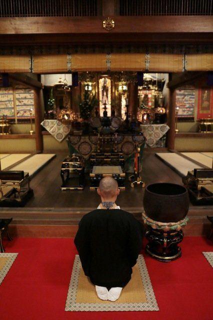 お寺は二階建て、宗派は出身地