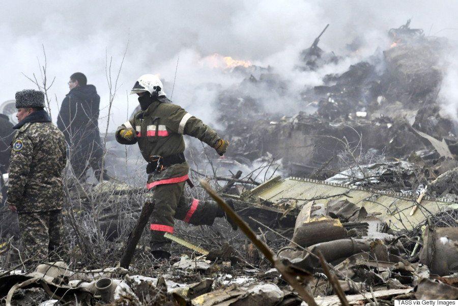 「近所の人はみんな死んだ」キルギスに貨物機墜落、民家を直撃 凄惨な現場写真