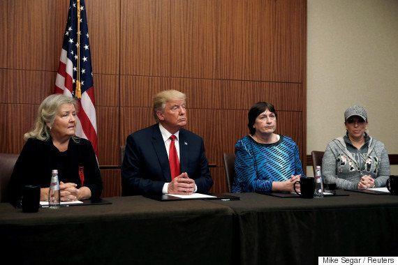 トランプ氏、「ビル・クリントン氏にレイプされた」という女性らを討論会直前に連れてくる