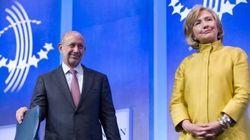ヒラリー・クリントン氏の暴露された非公開講演は、大統領選の公約と大きく食い違っている